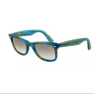 Ray-Ban Blue Original Wayfarer Sunglasses